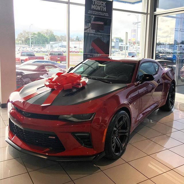 Instagram Media By Calicamaros 2017 50th Anniversary Camaro Ss 1 Le For Christmas