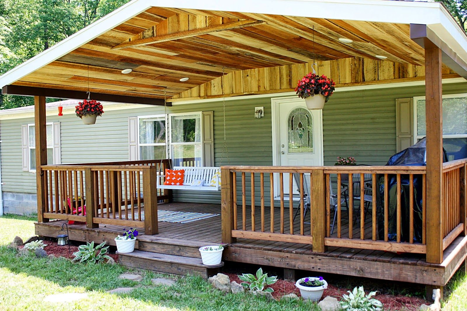 Rough Cut Lumber Porch Roof Covered Front Porch Rustic