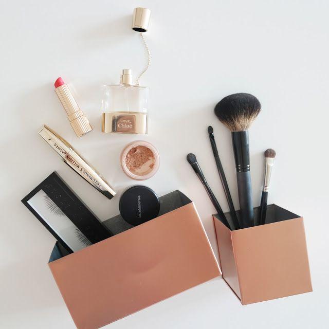 DIY - spray paint copper makeup storage.