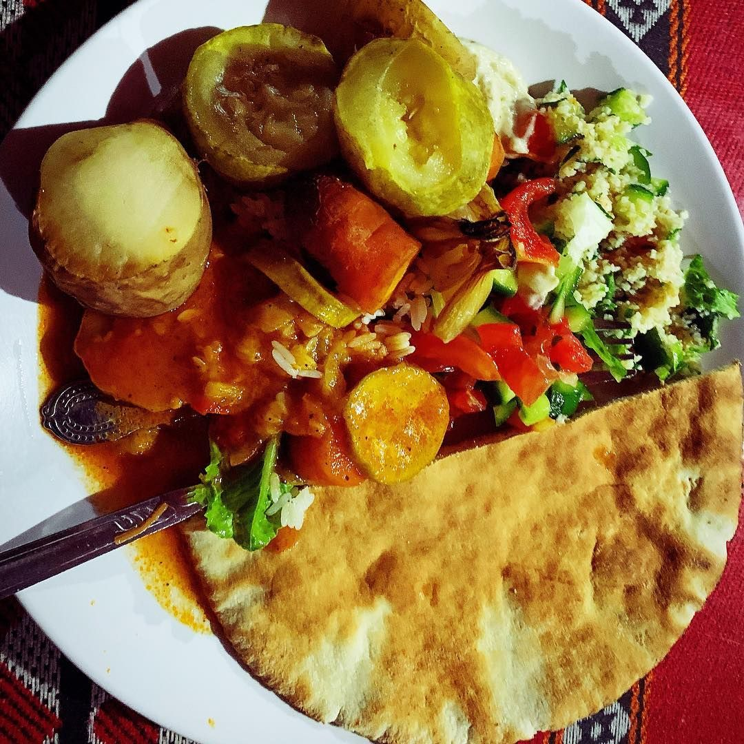 My incredible Bedouin style vegan dinner in the middle of Wadi Rum desert. So tasty! #VeganFoodPorn  My incredible Bedouin style vegan dinner in the middle of Wadi Rum desert. So tasty! #VeganFoodPorn #Whatveganseat #VeganTravel #VeganBreakfast #VeganLunch #VeganDinner #VeganRecipe #Healthy #HealthyVegan #GoVegan #BoHo #Wonderlust #AroundTheWorld #VeganBlogger #TravelBlogger #vanjasveganvoyage #falafel #pita #beduin #wadirum #jordan #wadirum