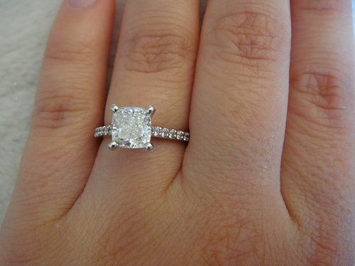 Tiffany Novo Engagement Ring W 2 Carat Cushion Cut Diamond In