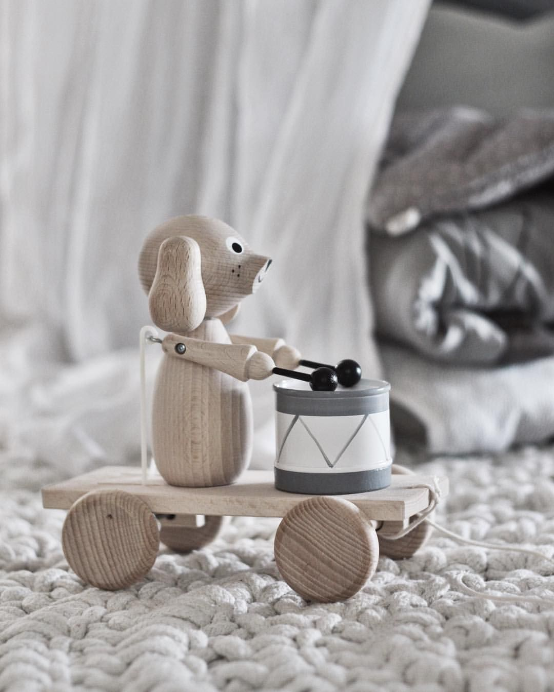 emsloo Love the wooden toys from @sarahandbendrixkids