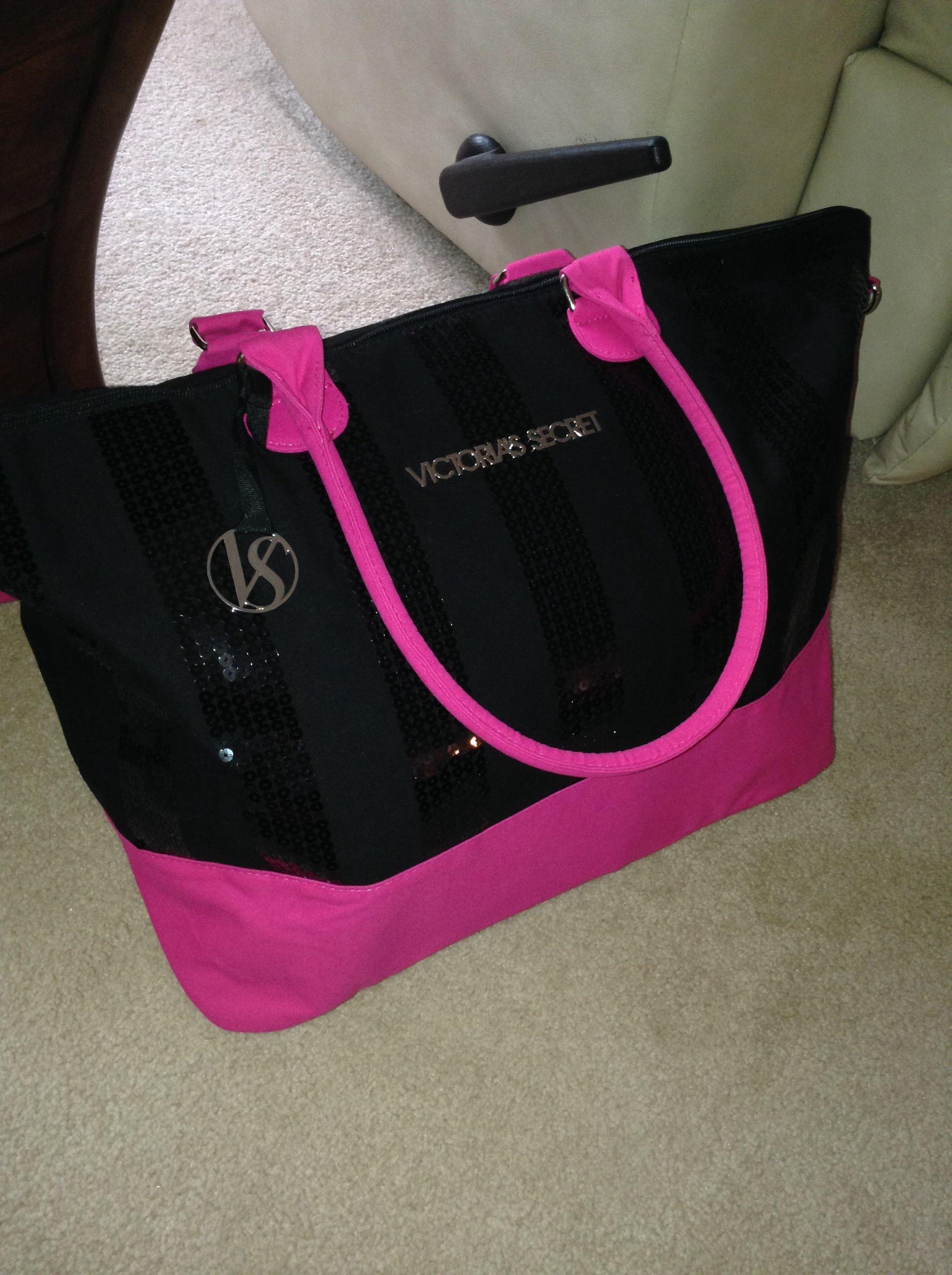 bd1a4908aaa Victoria s Secret Bag