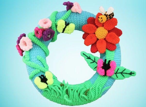 Photo of Crochet door wreath / flowers + butterfly + bees