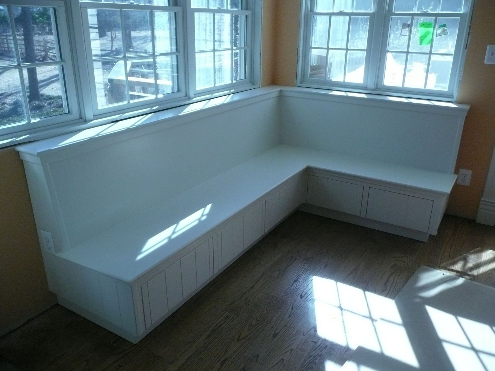 Built in Benches | Things to make | Pinterest | Bench, House ...