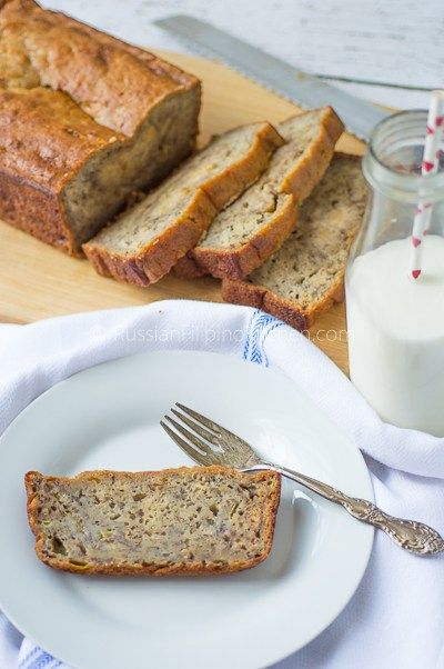 moist and dense banana bread 01 #bananabread