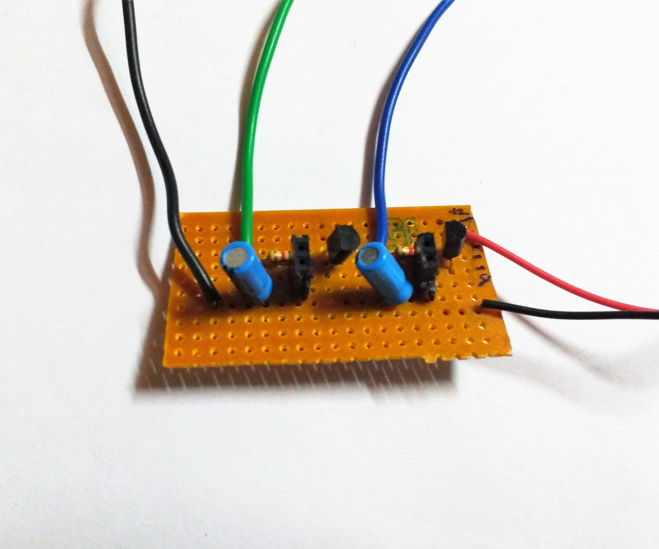 Simple cheap motor driver board for arduino
