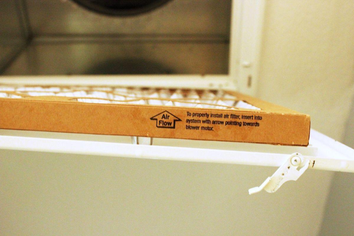 So Reinigen Sie Eine Luftungsoffnung In Ihrem Zuhause Reinigen Luftung Und Zuhause