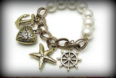 Beautiful pieces by www.fusiontrends.com