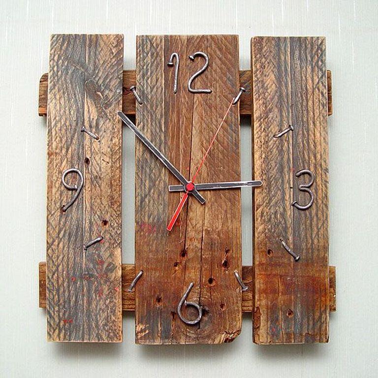 30 Diy Pallet Wood Wall Clock Designs That Easy To Make Wood