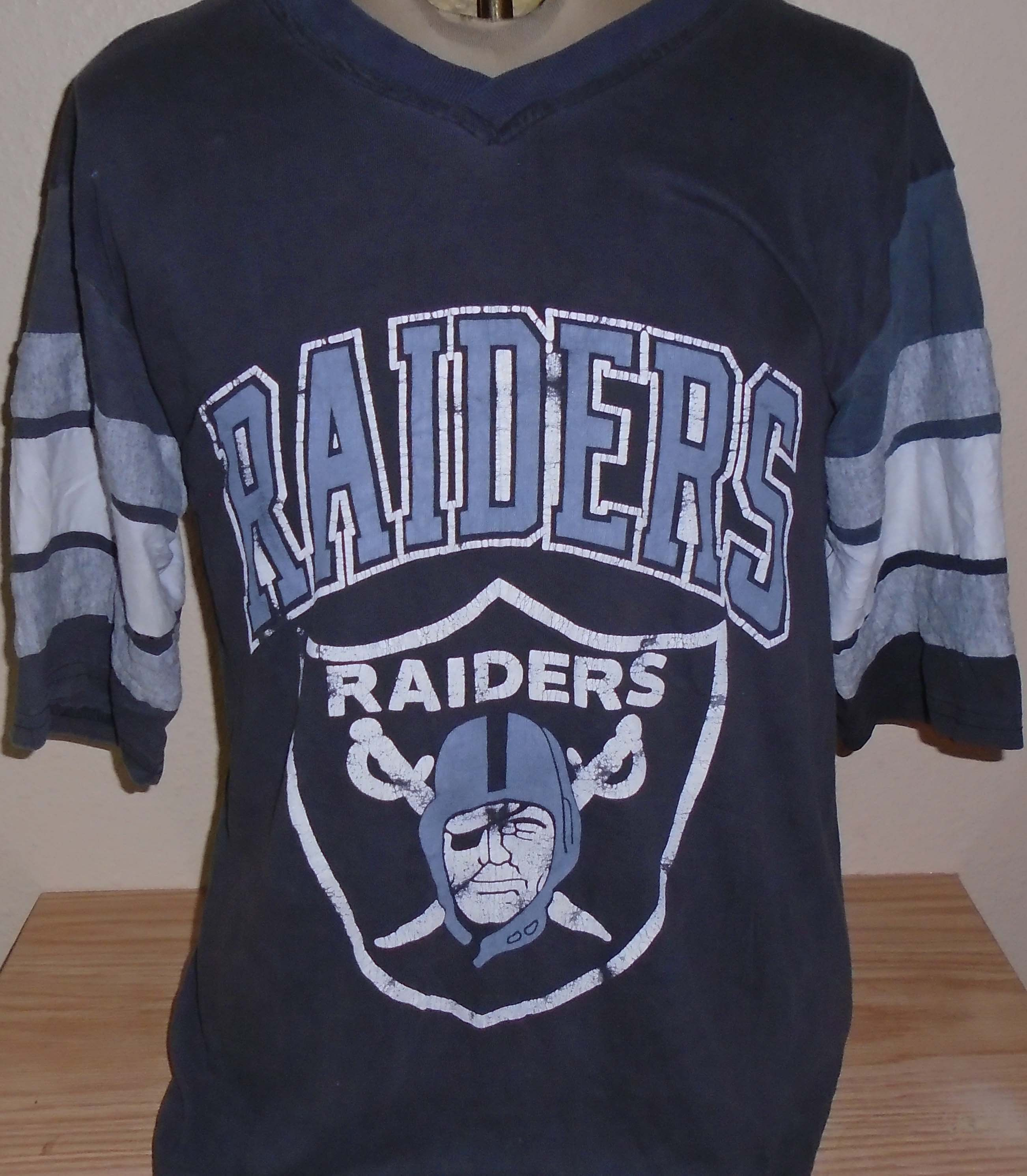 low priced dec05 d59ab vintage 1980s Oakland Raiders football jersey t shirt Large ...