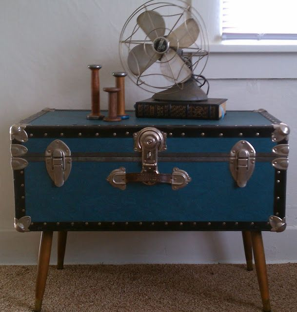 Steamer Trunk Coffee Table Should Use Those Screw On Legs From