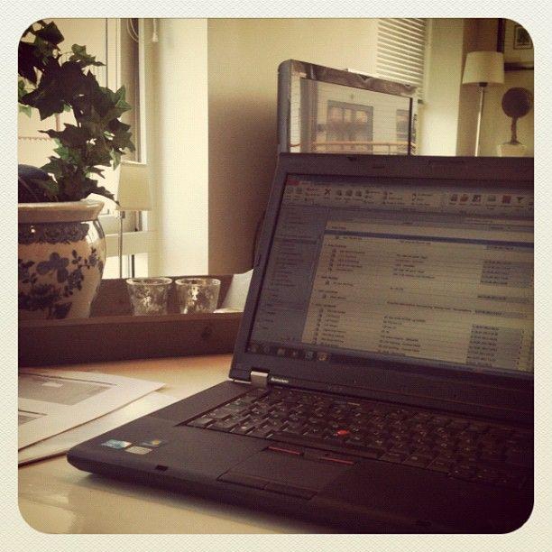 #hjemmekontorboka2012 - @sivknudsen- #webstagram