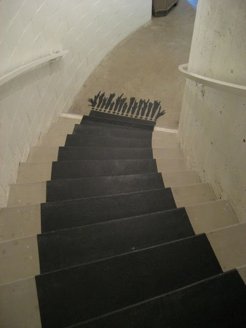 Black Rug On Stairs: Tromp Lu0027oeil ...