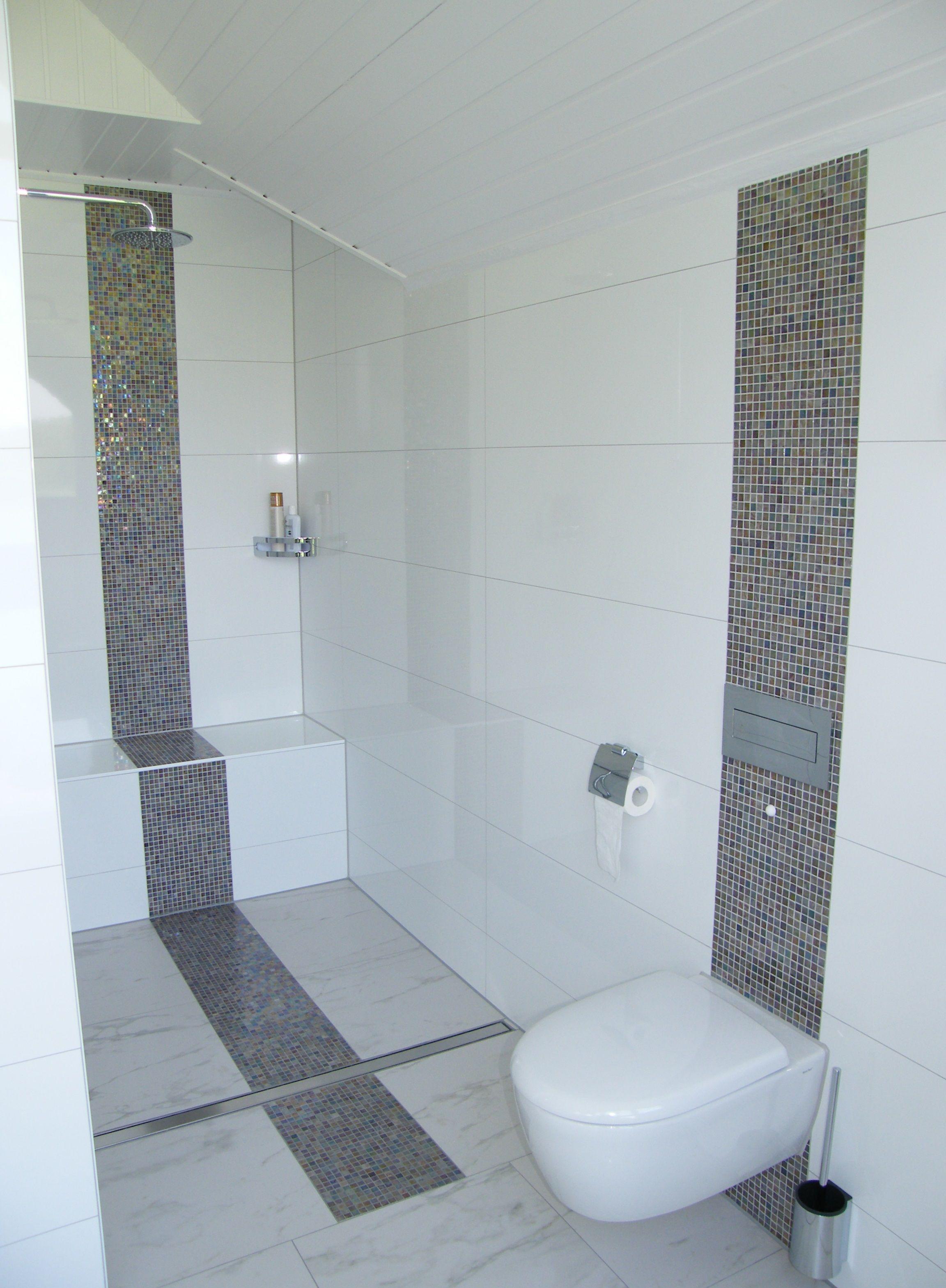 Ebenerdige Dusche Im Familienbad Ebenerdige Dusche Rote Badezimmer Badezimmer