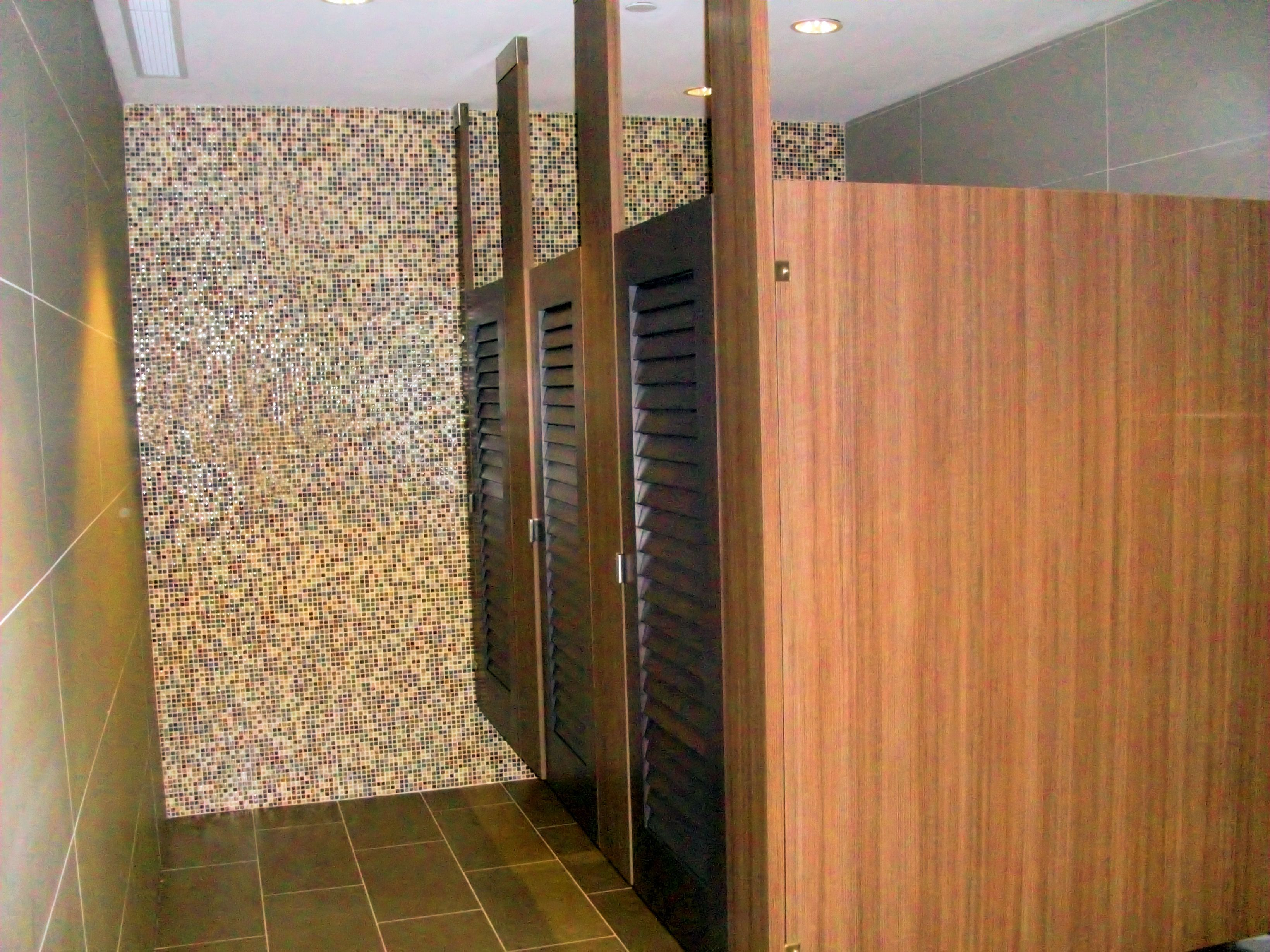 Ironwood Manufacturing Wood Veneer Bathroom Stall With Louvered - Wooden bathroom stall doors