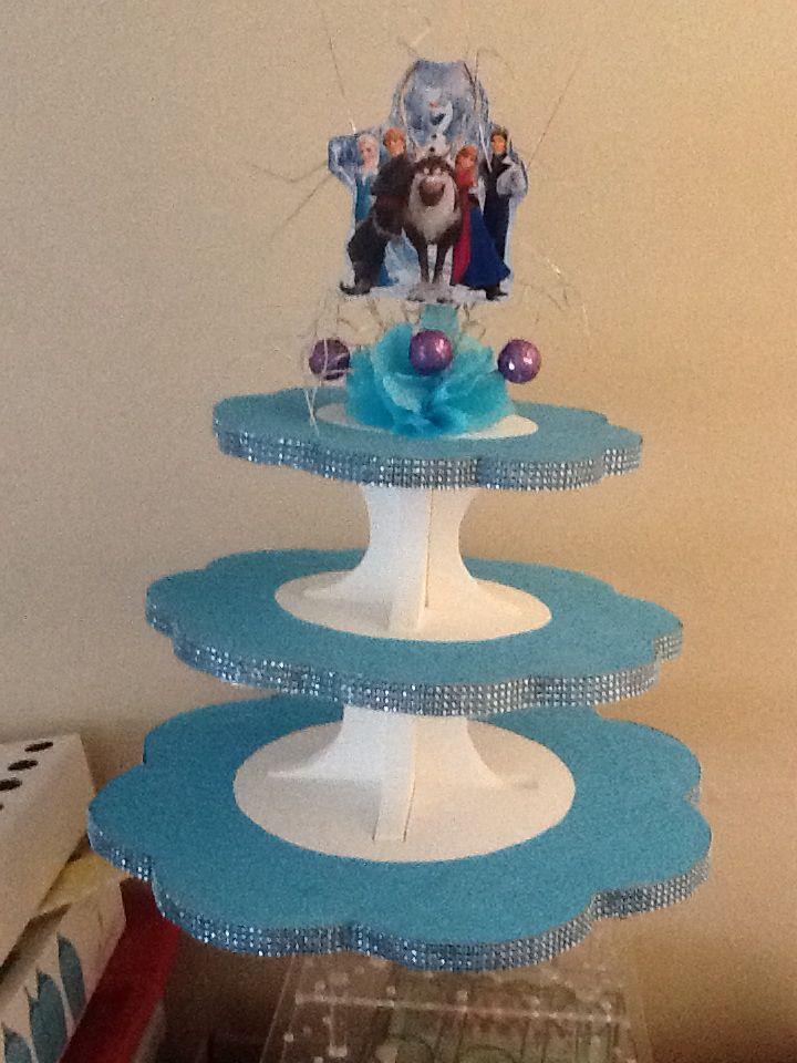 Frozen table decoration | Frozen theme party, Jasmine ...