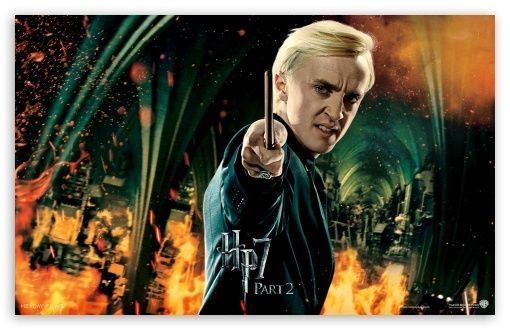 Harry Potter And The Deathly Hallows Ending Draco Hd Desktop Wallpaper Harry Potter Draco Malfoy Harry Potter Scene Draco Malfoy