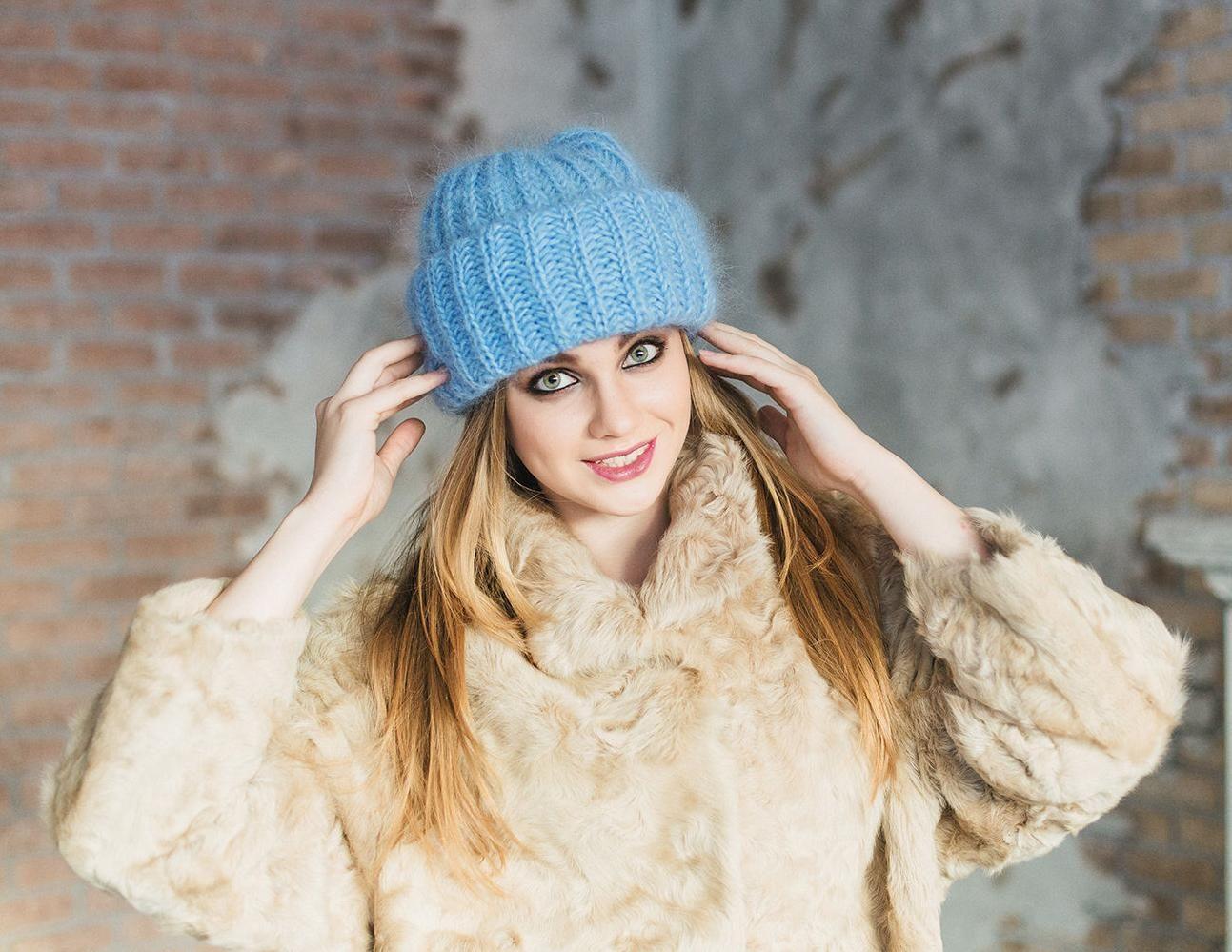 вязаная шапка с чем носить фото прибалтийский