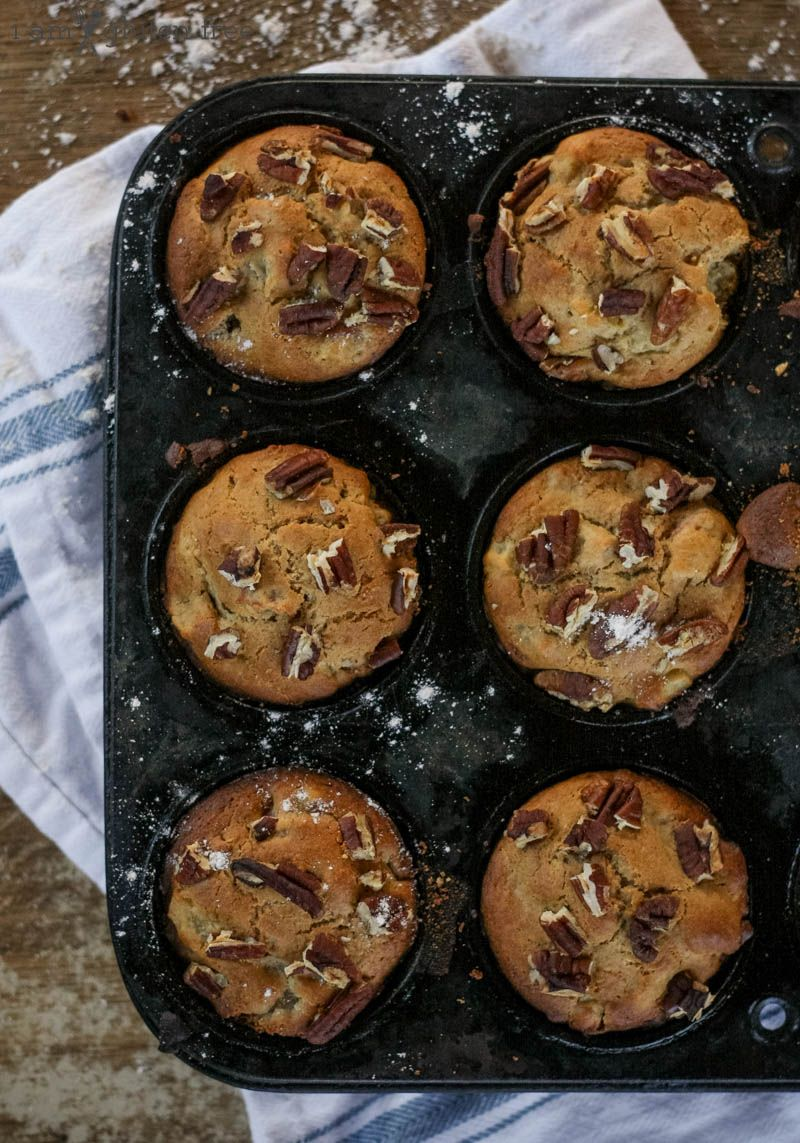 Gluten free apple cinnamon muffins for cold winter mornings!