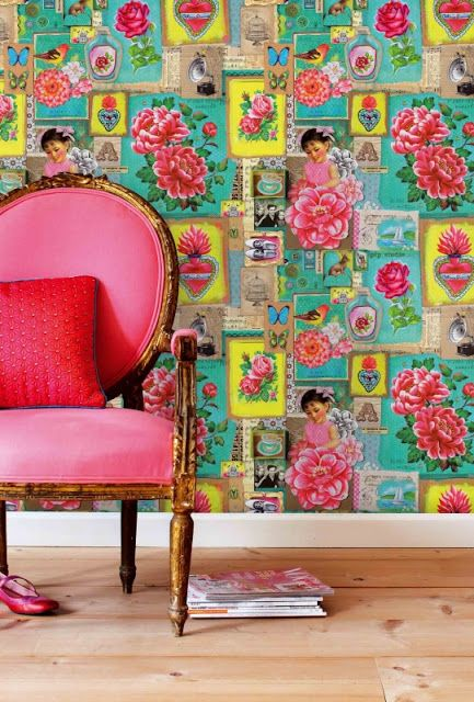 Just love the wallpapers on this blog - so varied