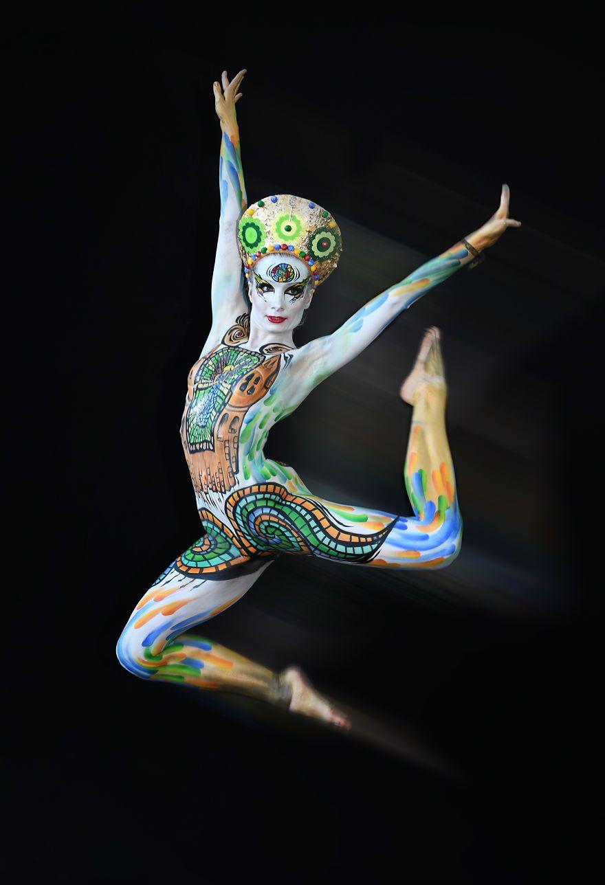 Fotografei Espetaculares Obras De Arte No Festival Mundial De Pintura Corporal 2018 In 2020 World Bodypainting Festival Bodypainting Cool Artwork