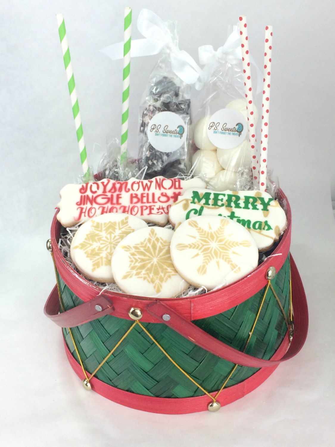Christmas Drum Candy and Cookie Gift Basket | Christmas Cookies ...