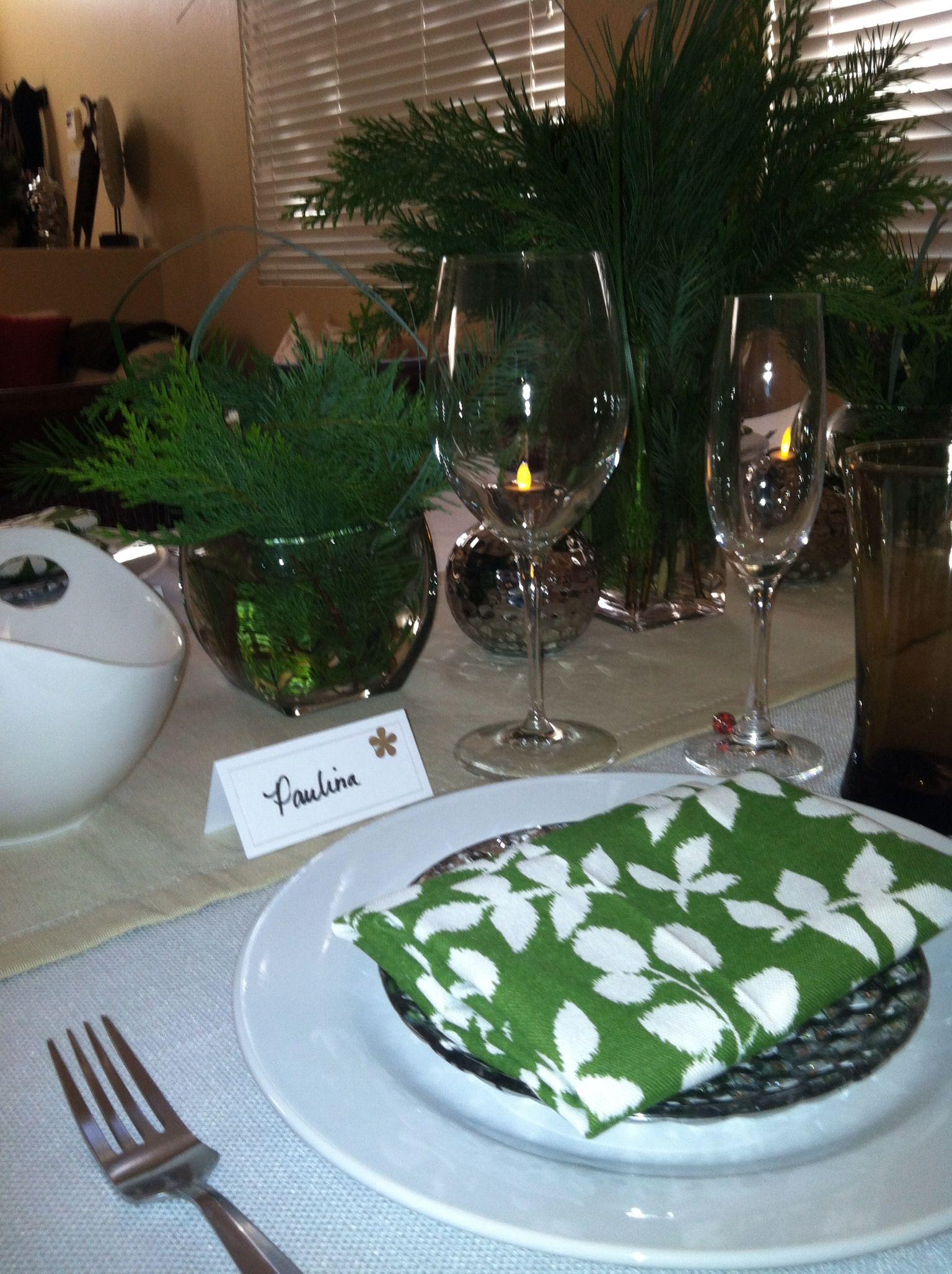 Simple, yet elegant Happy birthday jesus, Table