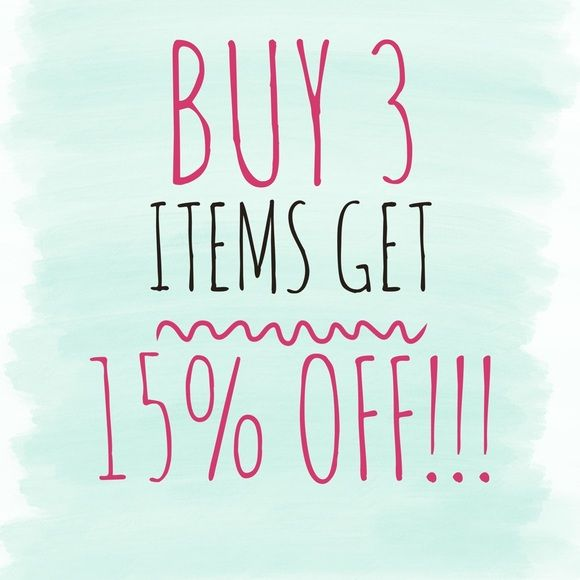 Buy 3 or more items and get 15% off the bundle! Buy 3 items and get 15% off! Discount applied automatically at the checkout. Happy poshing! Thanks for stopping by😊 MICHAEL Michael Kors Dresses