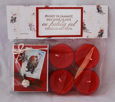 KortParadis: Gavepakke til jul med dekorert fyrstikkeske og telys