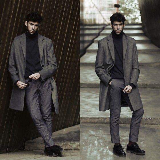 #coat #trousers #sweat #grey #black #streetstyle #style #menstyle #manstyle #menswear #fashion #mensfashion #andrewjim