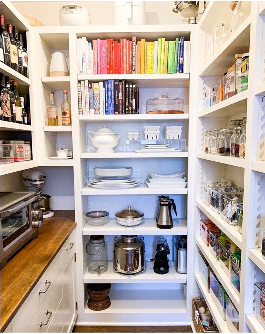 20+ Clever Pantry Organization Ideas - The Wonder Cottage #pantryorganizationideas