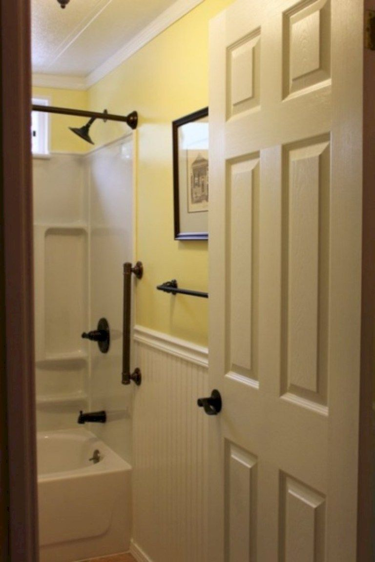 50 Yellow Tile Bathroom Paint Colors Ideas Roundecor Mobile Home Bathrooms Remodeling Mobile Homes Mobile Home Decorating
