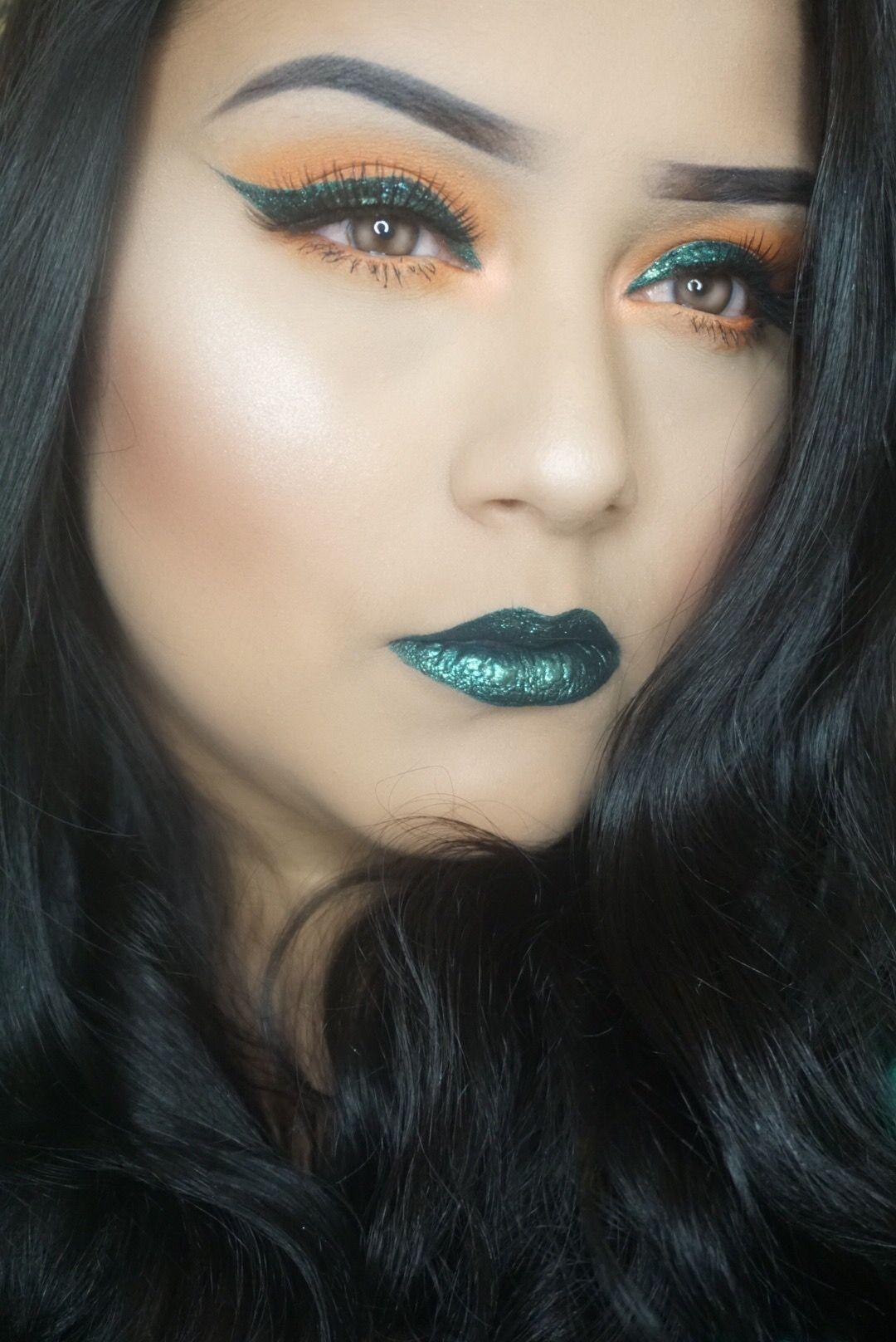 Green makeup look Green makeup, Green lips, Makeup looks