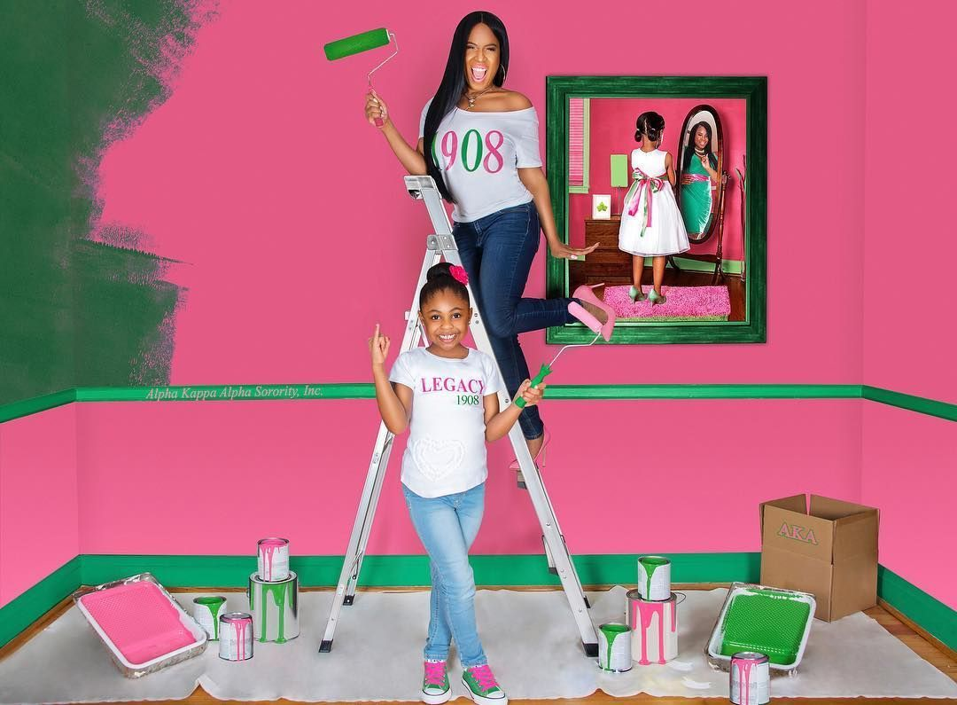 LEGACY LEGACY LEGACY! Preparing to paint your whole entire timelines pink and green and making NO APOLOGIES FOR IT!! HAPPY FOUNDERS DAY TO ALL MY SORORS OF ALPHA KAPPA SORORITY INCORPORATED. 110 NEVER LOOKED THIS GOOD!! Legacy Model: @nara21smith Photographer: @thephotochase #FlipsHair #dreamersanddoers #aka1908 #1908 #inspireothers #alphakappaalpha #aka #Blackgirlmagic#fashionblogger #philly #instafashion #vogue #Glamour #instastyle #Motivation #inspiration #fashion #BeYonce #Rihanna #foundersd