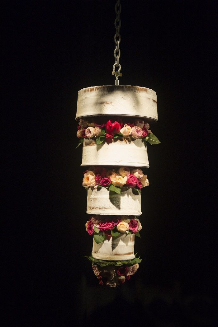 Upside Down Wedding Cake Mariana Hardwick Wedding Dress For A Country Wedding Chandelier Cake Suspended Wedding Cake Traditional Wedding Cakes
