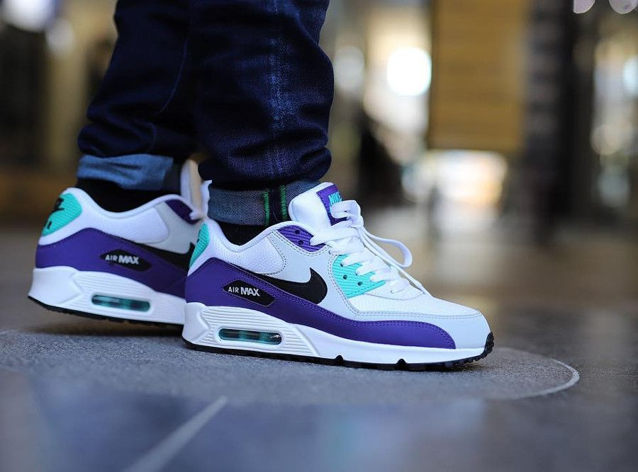 the best attitude be8c3 f68af Nike Air Max 90 Essential 'Grape' White Jade Purple (2 ...