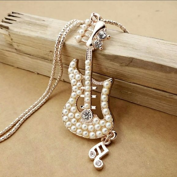 """2"""" Pendant Necklace 24 """" Long New Brand New Bundle & save up to 30 % OFF No PayPal No Trade Hypoallergenic Nickel Free Great for Sensitive Skin zdazzled Jewelry Necklaces"""