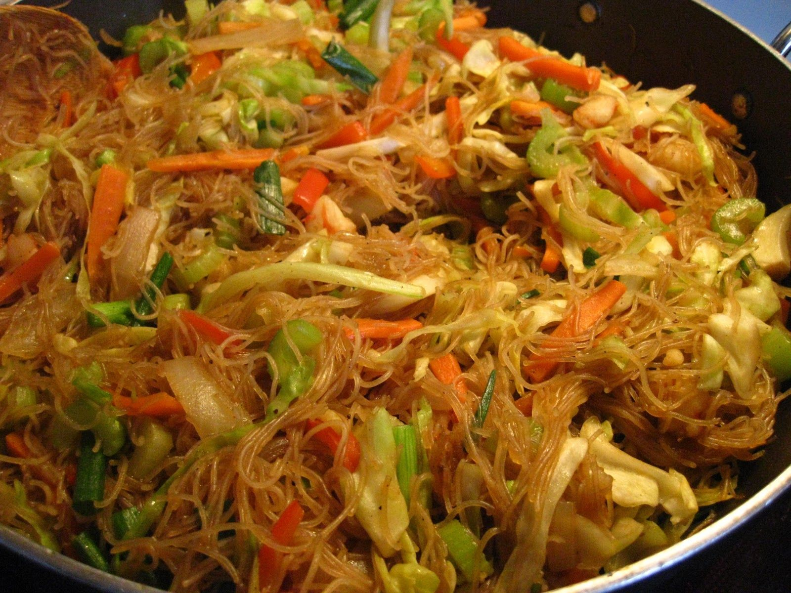 how to cook pancit bihon with canton