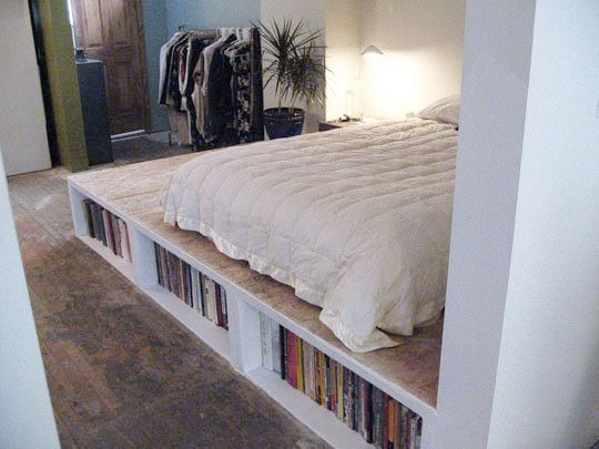 5 Great Platforms And Raised Floors Diy Platform Bed Platform