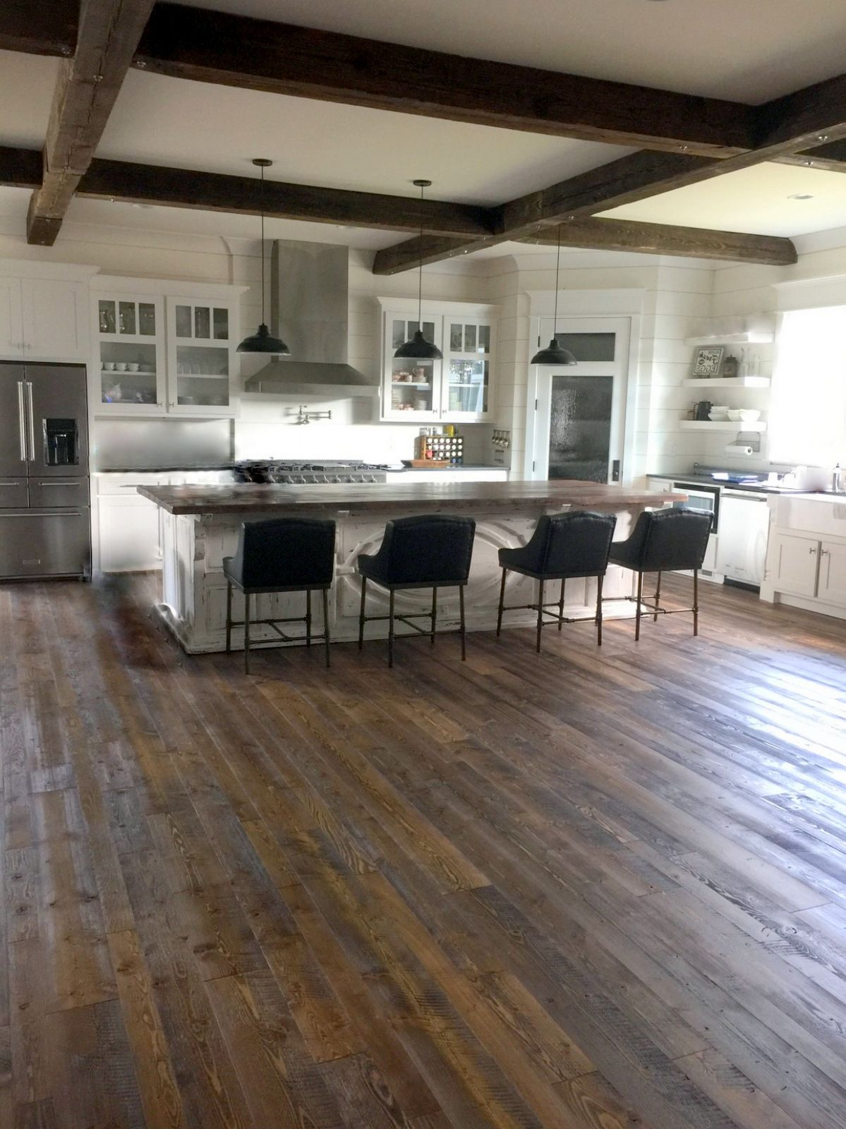 Lovin This North Carolina Farmhouse Kitchen Featuring Our Mountain