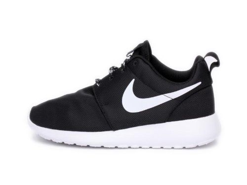 Amazon.com: Nike Women's Roshe Run: Shoes