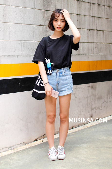 Korean Street Fashion June 2016 Taken in Streets of Seoul