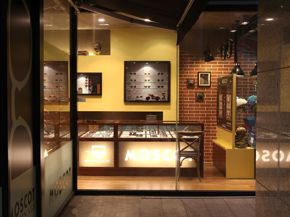 870d9237dc Moscot Store, Seoul,Korea, pinned by Ton van der Veer | Optical in ...