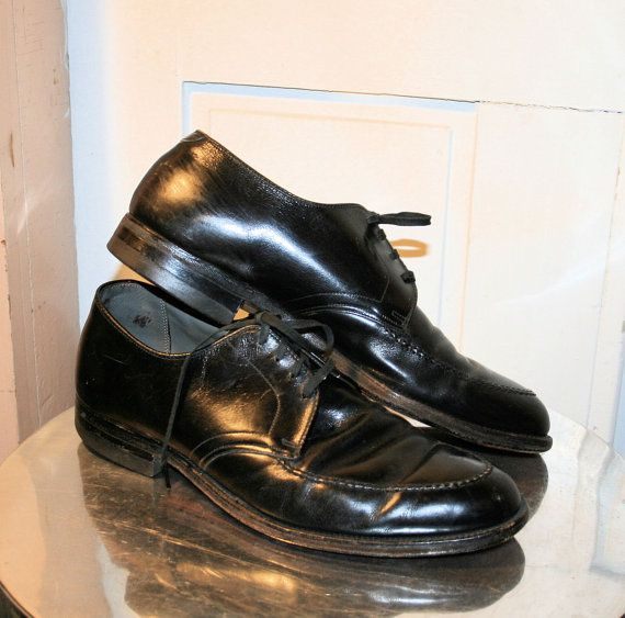 60's AP Wright's Arch Preserver Shoes, Men's Black Leather Dress Shoes from MisterBibs, size 9D