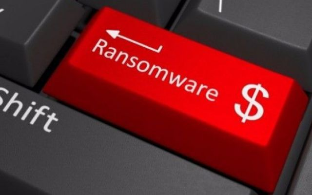 Mac: contagiati anche loro da un ransomware. Ecco come affrontare KeRanger Per molto tempo si è ritenuto, a ragione, che i computer della Apple, i Mac, fossero quasi immuni dai virus. Se questo poteva esser vero tempo fa, la grande diffusione dei prodotti di Cupertino ha at #mac #ransomware