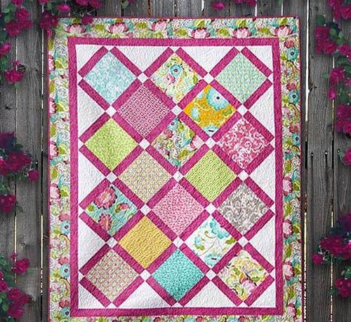 Halle Rose Quilt 2 Quilts Pinterest Weekly Newsletter And Patterns