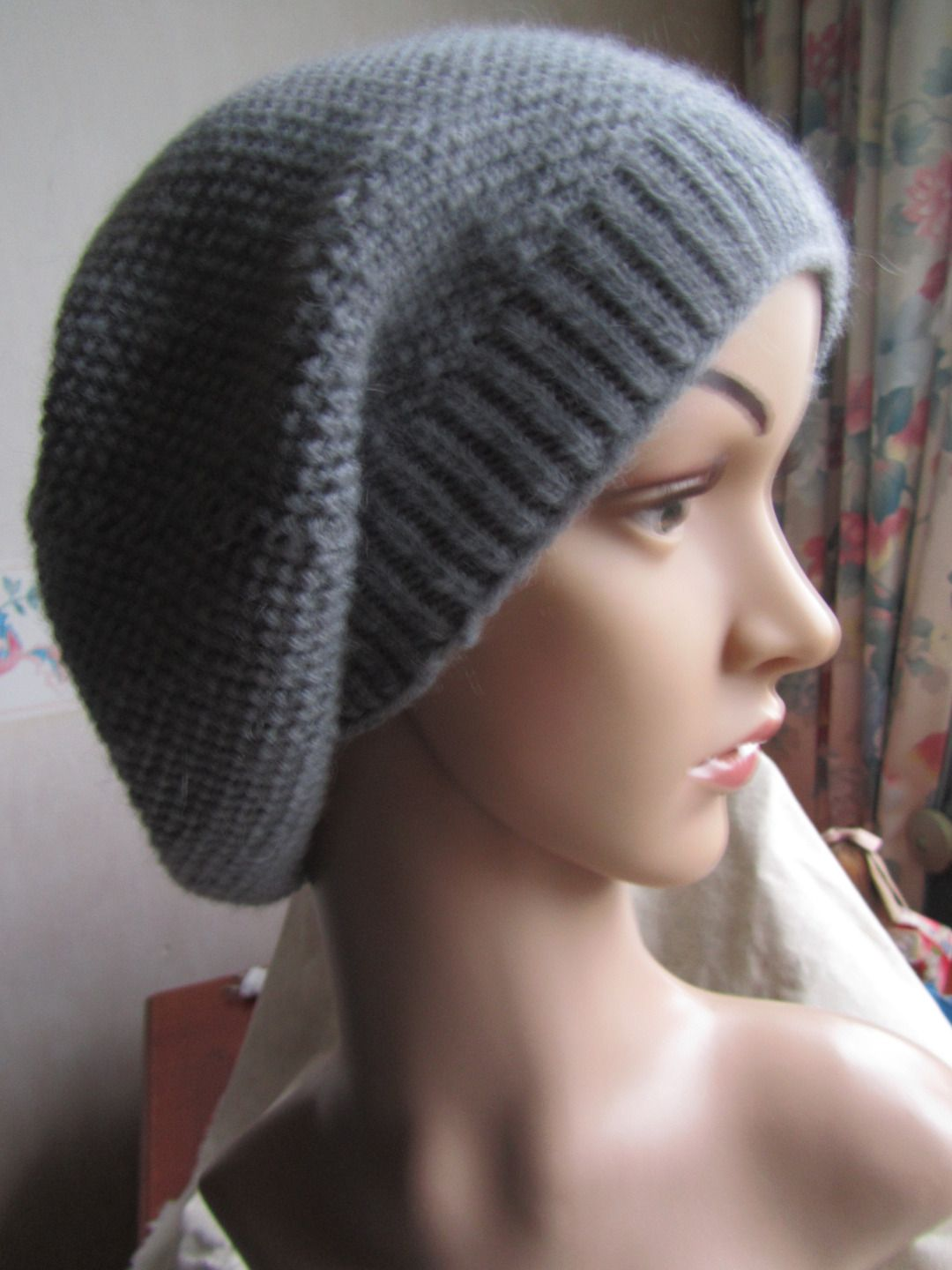 modèle tricot tombant Knitting Knitted hats
