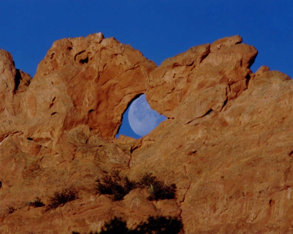 Garden Of The Gods Kissing Camels With Images Photographs And
