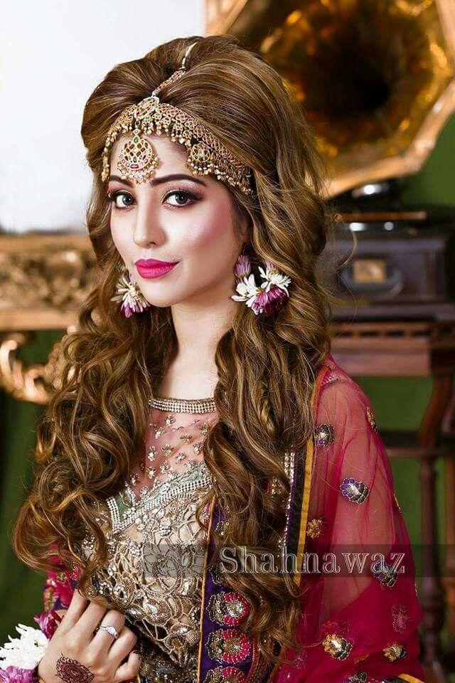 Pin By Mano On Bridal Fashion Pakistani Bridal Makeup Hairstyles